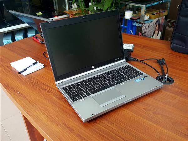 Lap top HP 8560 cũ giá rẻ tại Hà Nội